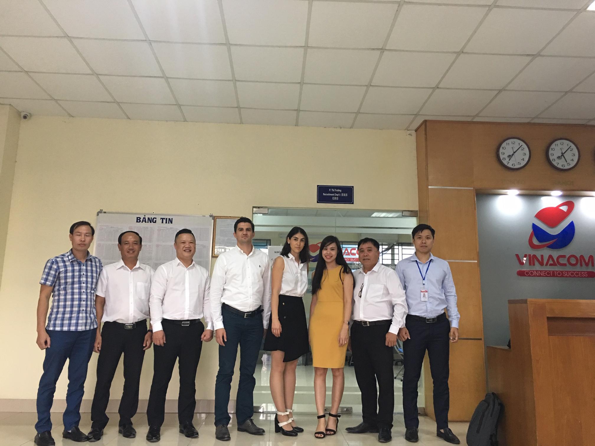 Am fost in Vietnam si Nepal sa cautam personal asiatic - International Work Finder